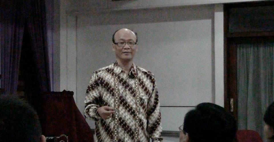 Bagaimana kedudukan dan peran Jemaat dan Majelis Jemaat di GKI?